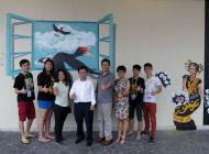 砂人联党领袖参观肯雅兰3D壁画