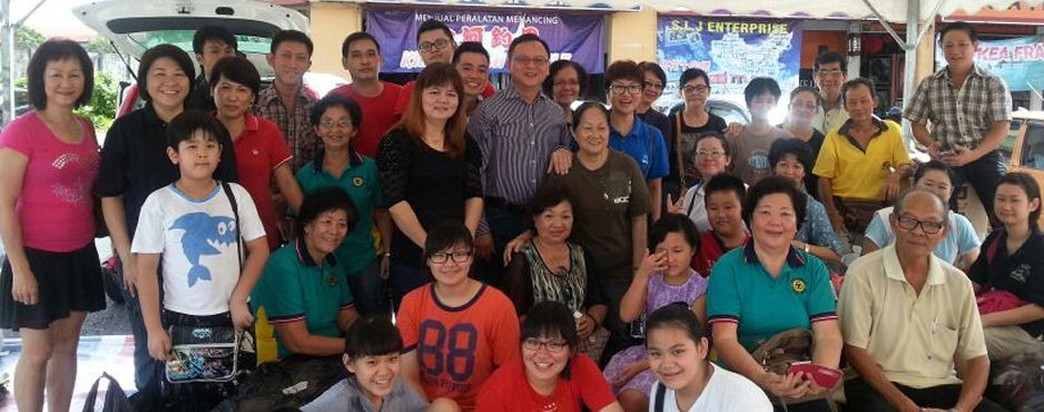 SUPP SENTOSA BRANCH HELPING OUT FLOOD VICTIMS