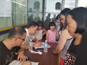 robert lau attending to Brim application (1)